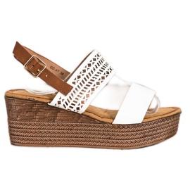 S. BARSKI Vita sandaler på kil S.BARSKI brun