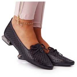 Loafers med genombrutna silver på hälen Vinceza 21-10602 Svart