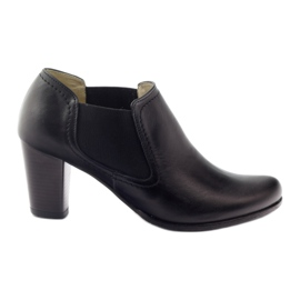 Gregors 553 kvinnors svarta skor