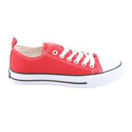 American Club röda sneakers
