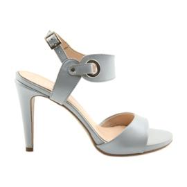 Sandaler läder på en stift Edeo 3208 grå