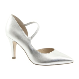 Skor med rem Caprice 24402 silver grå