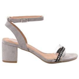 Ideal Shoes grå Snygga Suede Sandaler