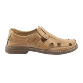 Naszbut brun Fulla sandaler Vår 968 beige