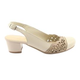 Brun Gregors 771 beige kvinnors sandaler