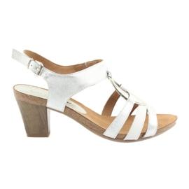 Caprice kvinnors sandaler med utsmyckning 28308 silver oval