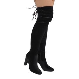 Ideal Shoes Svart sammet stövlar på E-4902-inlägget