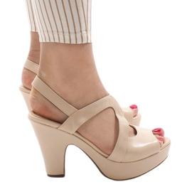 Brun Beige BL1501 höghåriga sandaler