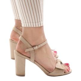 Brun Beige sandaler höga klackar Gh 1508