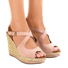 Rosa sandaler på kilklackar LM-0205