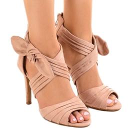 Rosa mocka sandaler med höga klackar J-23