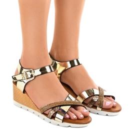 Gul Golden wedge sandaler dekorerade 3024-32