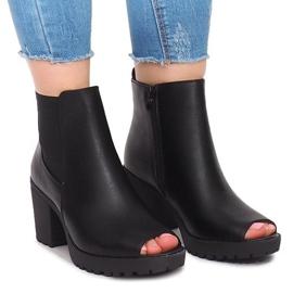 Svart Outdoor Ankel Boots B2890 Black