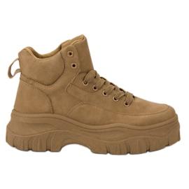 Kylie brun Laced Footwear på plattformen