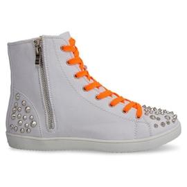 Höga sneakers med dubbar 6563 vit