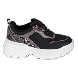 Sneakers på VICES-plattformen svart
