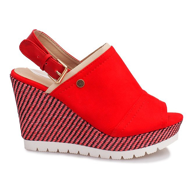 Röda sandaler på Holis kilklack svart