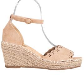 Evento Sandaler med ett genombrutet mönster brun