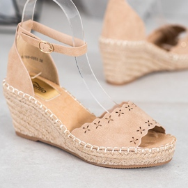 Evento Sandaler med ett genombrutet mönster brun 2