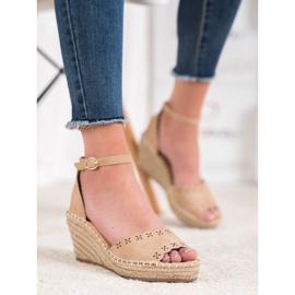 Evento Sandaler med ett genombrutet mönster brun 3