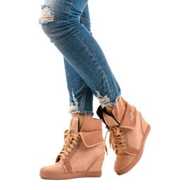 Rosa sneakers med snörningskilar B12-22 2